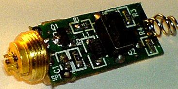 Čerpací dioda ukazovátka s napájecí elektronikou