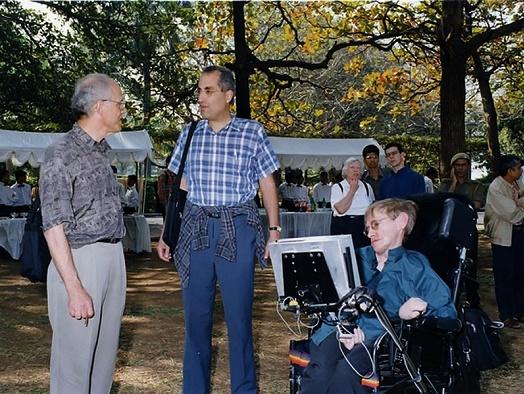 Teorii vypařování černejch děr Hawking převzal od méně známého Jakoba  Beckensteina na základě jeho analýzy entropie černých děr. Jak už tomu ve  vědě často ... 4b940d56b0